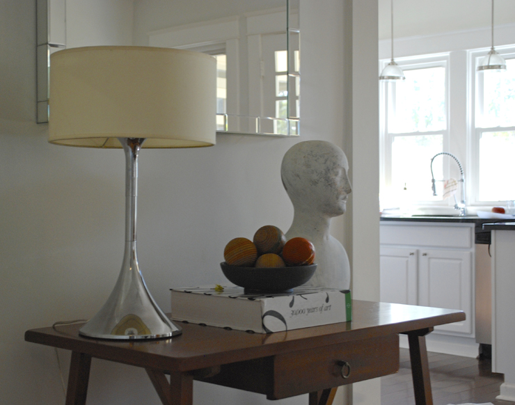 bungalow 404 sitting room vignette